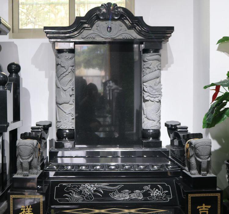 生活资讯:传统龙凤鸳鸯合葬墓碑,龙凤为柱,鸳鸯衬托