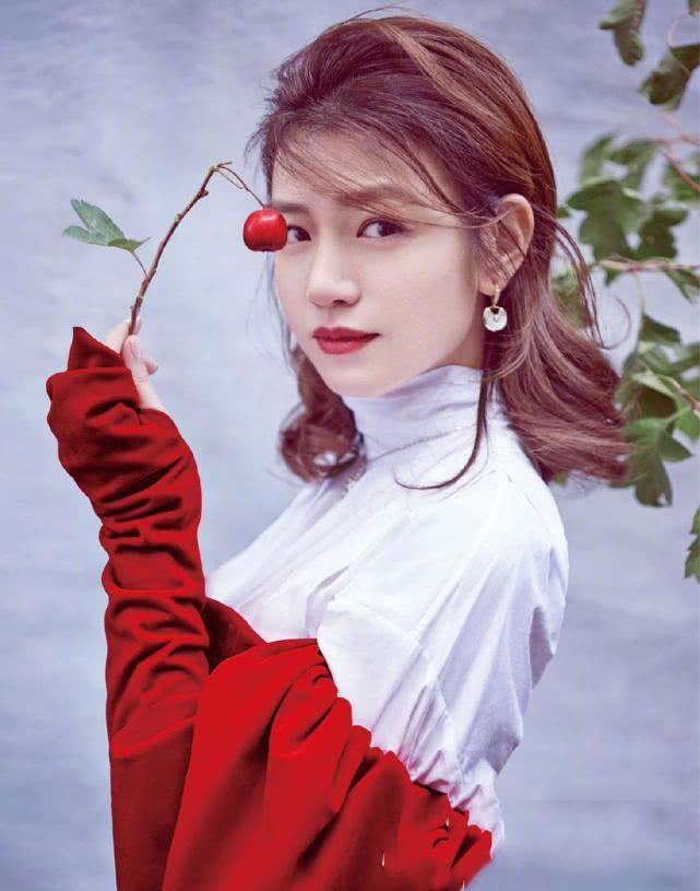 陈妍希儿子照片曝光,女人越宠越可爱,陈晓对她的爱称让人酸掉牙