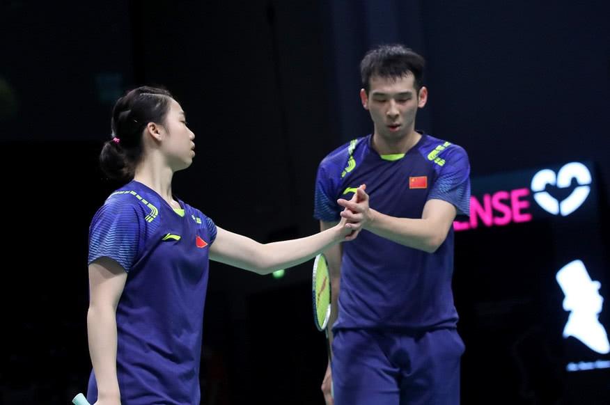 韩国赛国羽首日:国羽小将连克两强敌,大赛六号种子三局晋级!