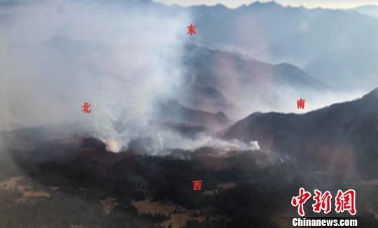 四川木里森林火灾仍在紧张扑救 救援人员已超千人