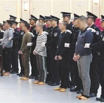 南宁龙岗大沙田一涉黑组织受审 曾破坏地铁4号线施工