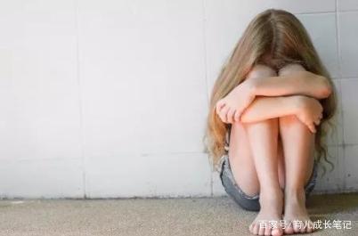 幼升小的孩子自控力本身就不是很强,你的态度和帮助很重要