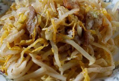 美食推荐:腊肉炒芹菜,酸菜土豆炒肉丝,黑木耳炒冬笋的做法