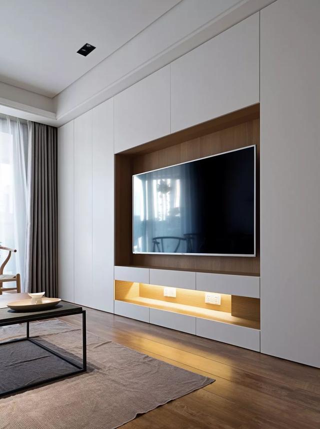 120㎡现代简约,电视墙装成收纳,美观简洁而大方