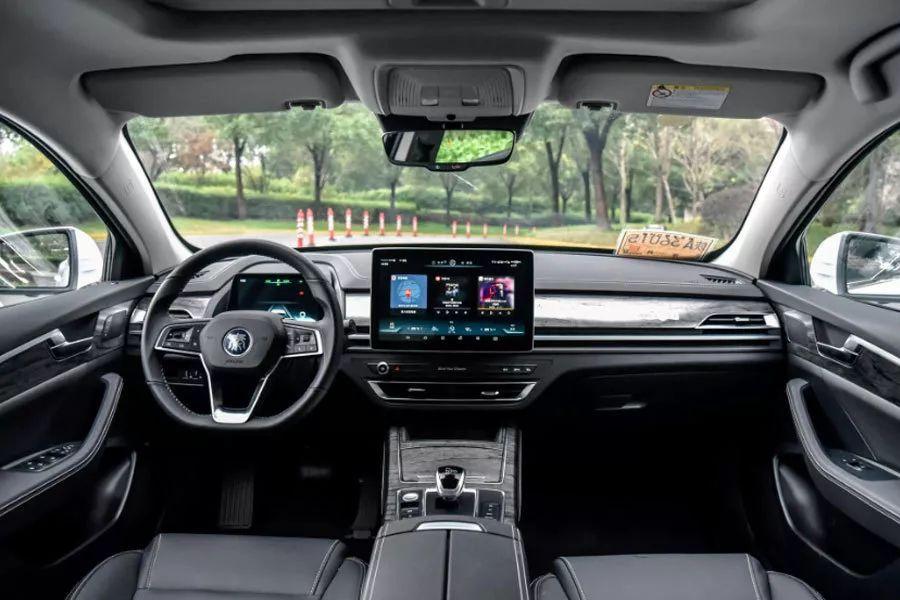 4款续航里程超400km纯电动轿车推荐,15万左右搞定!