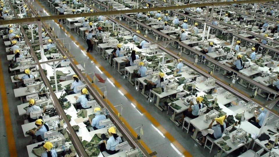 中国无名羽绒服品牌在美国成爆款,美国的大品牌却闹了笑话?