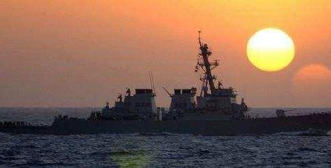 军事资讯_军事资讯:俄军舰趁夜色赴叙利亚,美航母被打的措手不及
