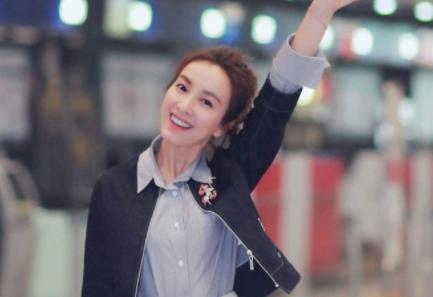 吴昕表示自己是校花无人信,当看到她大学照片时,惊讶了不少人