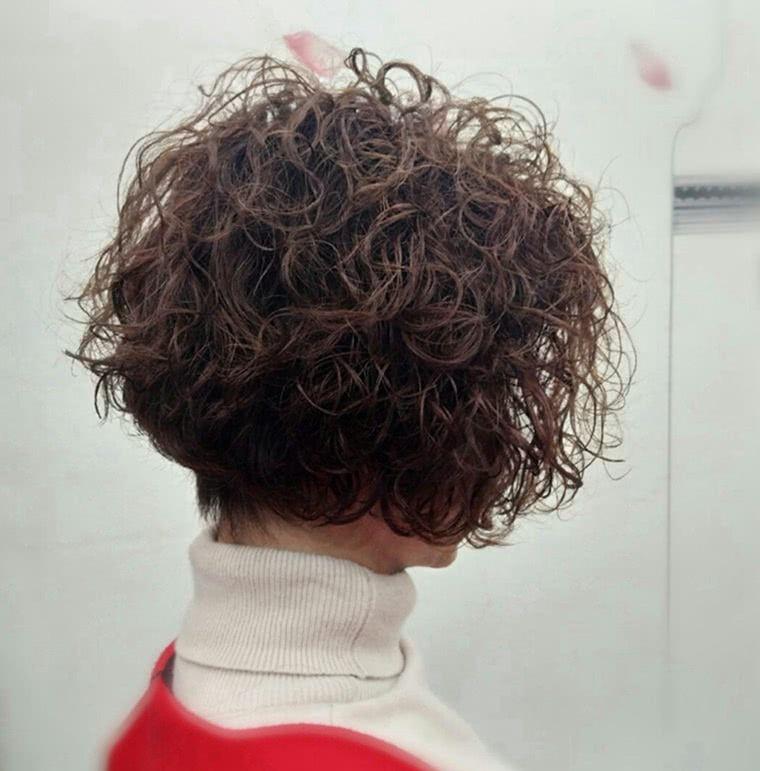 时尚造型:2019最新发型,可爱泰迪卷,超可爱!图片