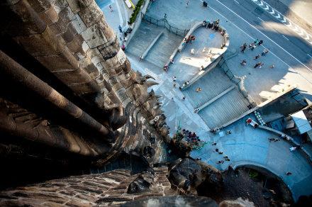 巴塞罗那 一座流动的童话之城
