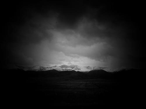 散文:路过医院上空的那片阴云