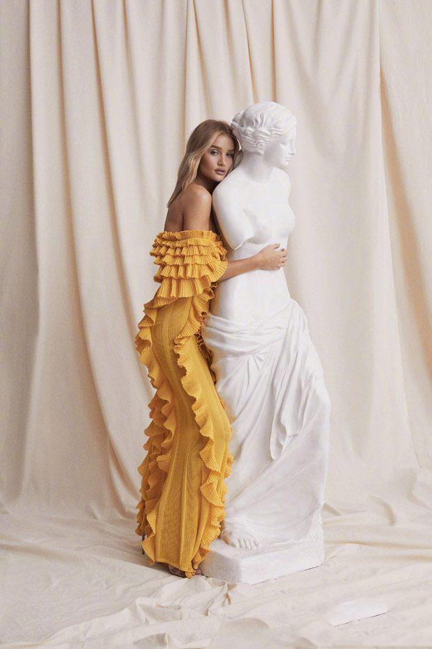 石膏超模rosie与少妇地址组cp自拍依旧性感雕塑女熟美艳下载迅雷下载性感迅雷图片