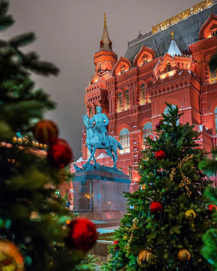 莫斯科红场的雪夜