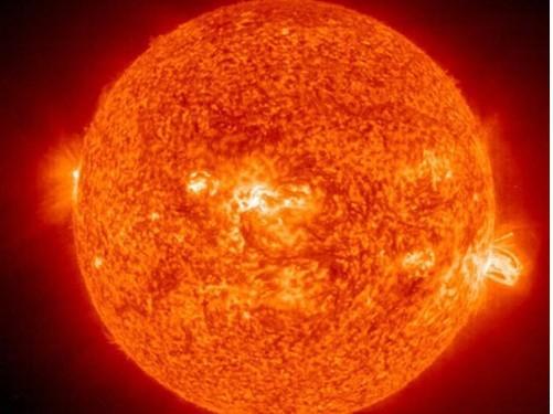 """恒星最高能烧到多少度?到这温度就是极限了,再高就会""""烧死"""""""