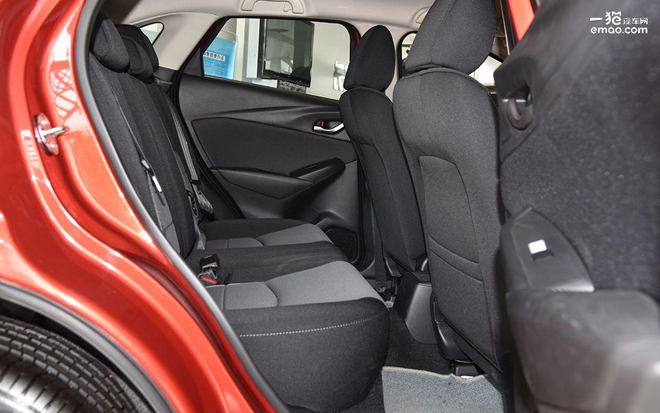 进口小型SUV售价不到13万 到店实拍马自达CX-3