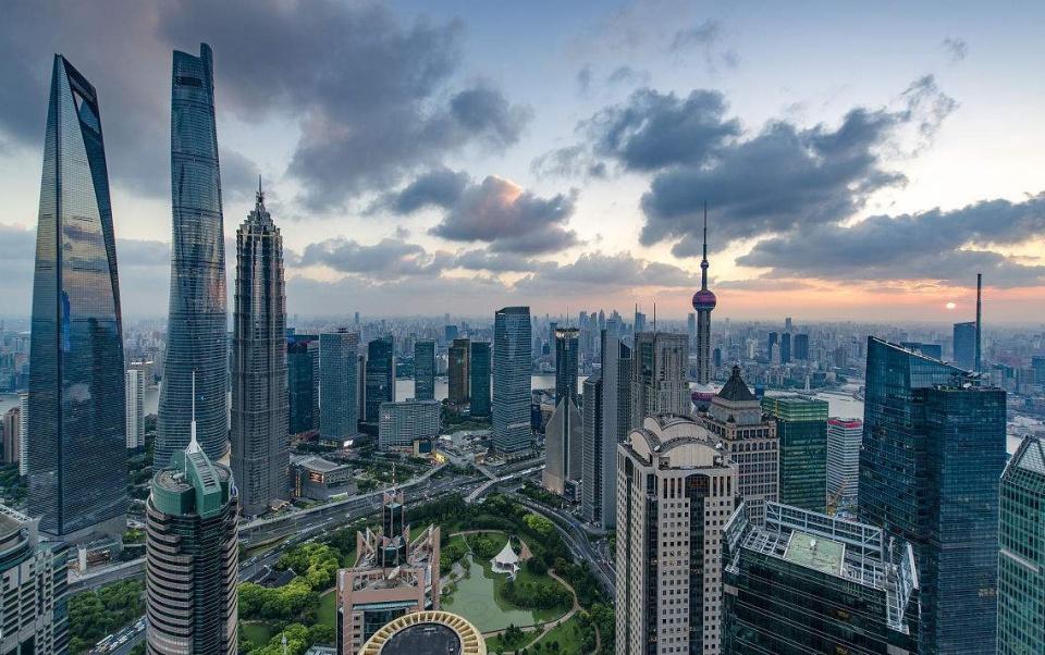 航拍美国纽约,与经济中心上海对比!中美差距一目了然