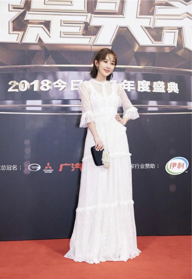 蔡徐坤紫色西装好惊艳,近40岁的罗志祥颜值竟不输新人