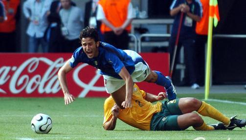 卡纳瓦罗被翻2006年旧账 坚定回应:那就是点球