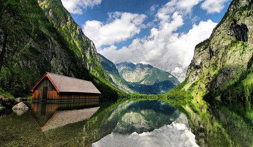 德国国王湖 靠近阿尔卑斯山脉