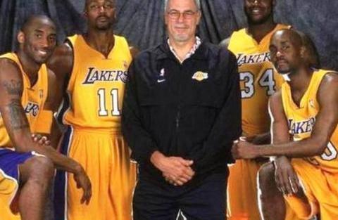 NBA历史71座总冠军,绿军湖人33座,这12支球队竟一次没拿过