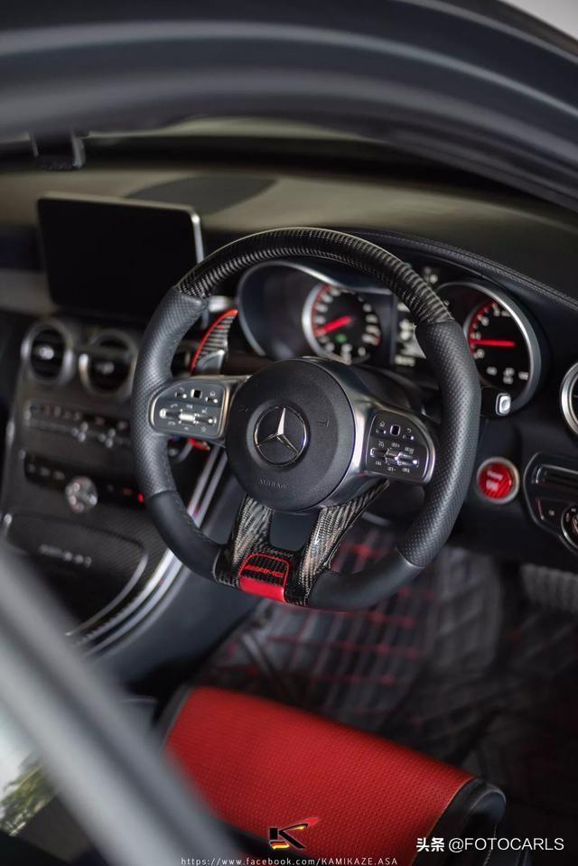 实拍|全新奔驰AMG C63 R,纯碳纤维座椅,咽口水了么