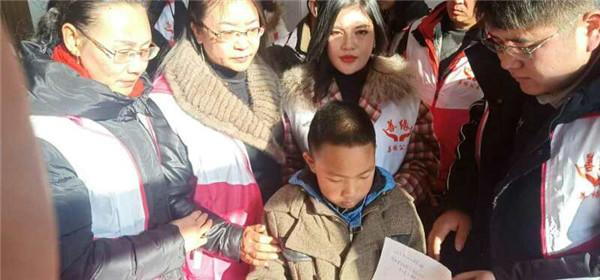 雪中送炭情暖人间 河北滦州善缘公益帮扶慰问困难群众