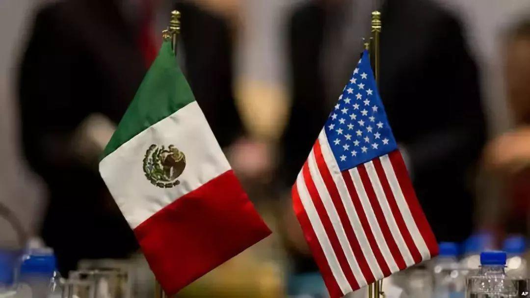 灯塔下的阴影:离美国太近,离天堂太远的墨西哥