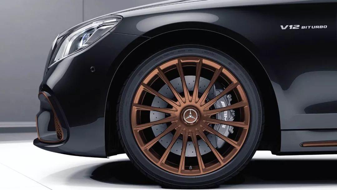 AMG家族V12绝唱!奔驰AMG S65最终版官图发布!