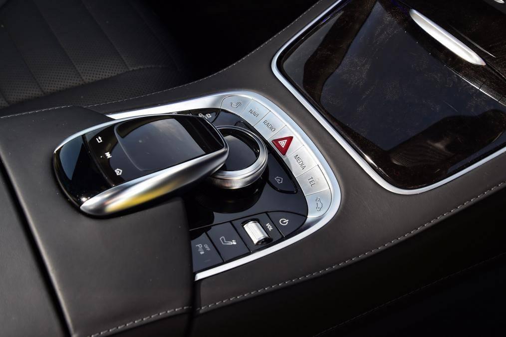这款S级容积还不如缤智,制动不如奥迪,为何价格堪比AMG?