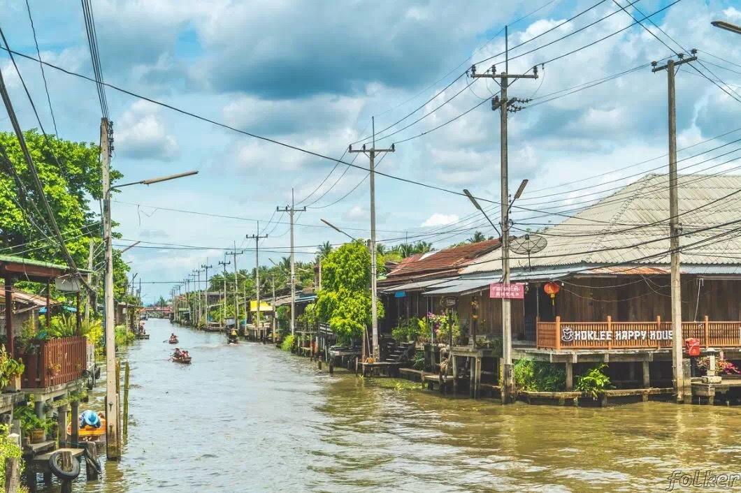 特色原始的水上街市,满满的生活气息!