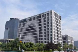 三圣股份:深交所对公司及公司控股股东、实际控制人、董事长潘先文给予通报批评处分