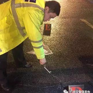 来宾3名驾校学员被撞 1人抢救无效死亡!司机却跑路