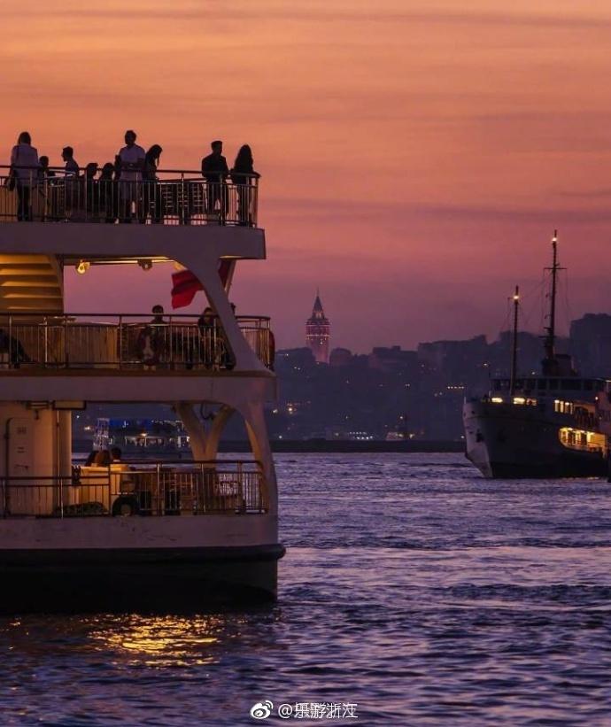 伊斯坦布尔的落日黄昏~