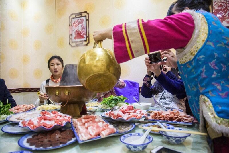 130多年的火锅店,尝一尝清朝皇帝吃过的火锅是什么味道的