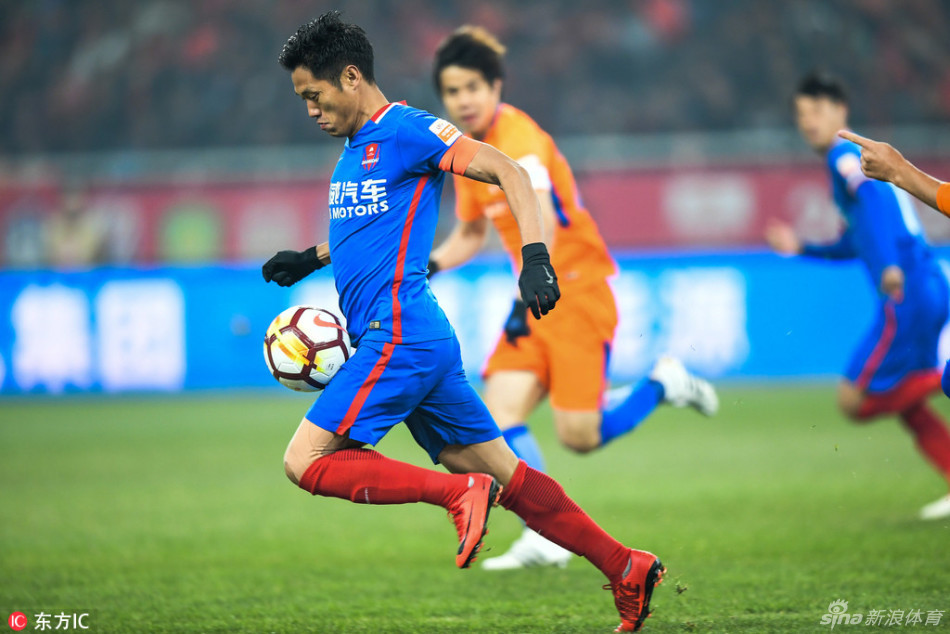 重庆斯威球员彭欣力入选国足大名单 准备中国杯