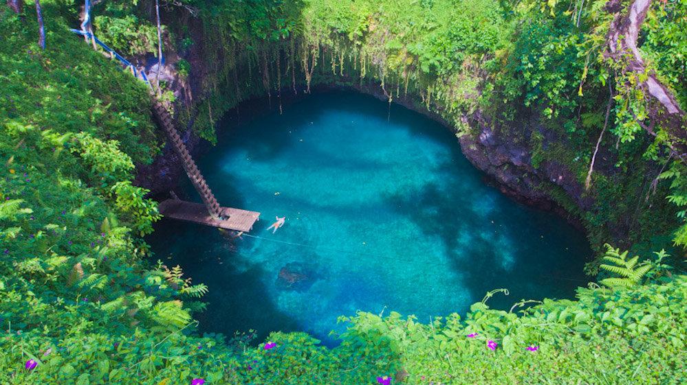 后空翻跳进那片仙境洞天 萨摩亚苏阿海沟游记