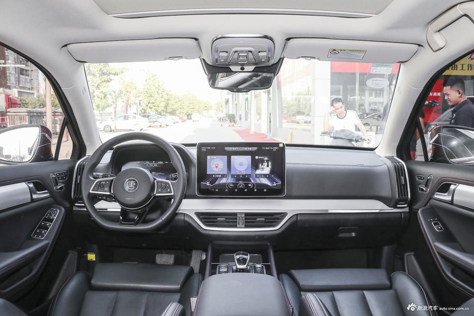 2019款比亚迪唐DM 2.0T全时四驱智联创领型5座国VI