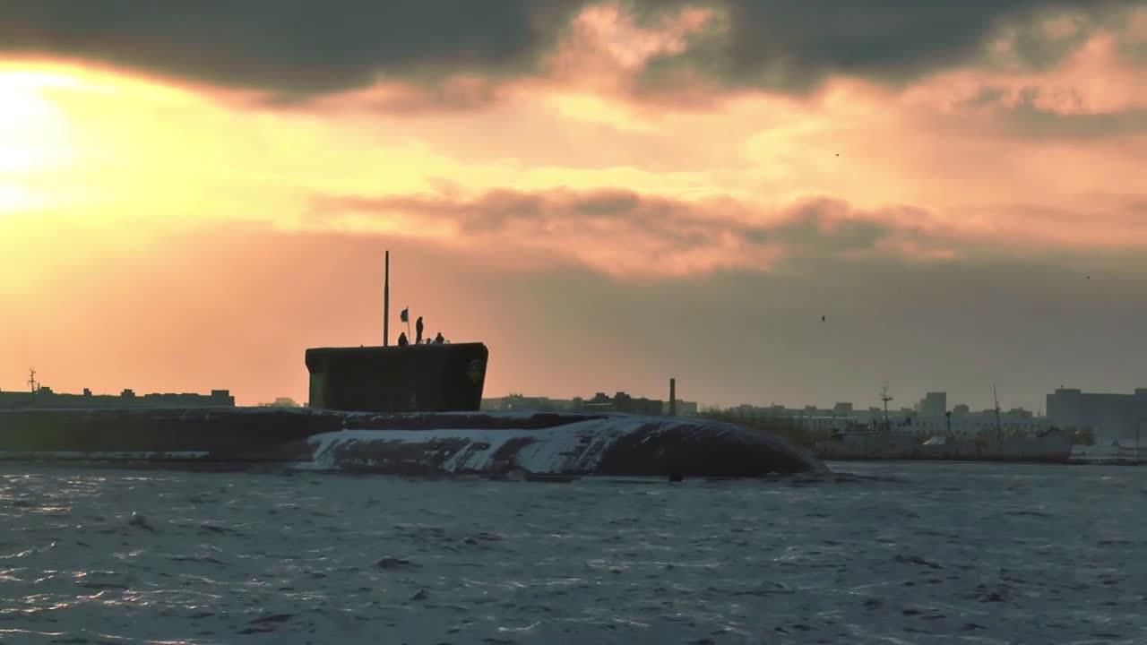 """俄""""北风之神""""级核潜艇亚历山大·涅夫斯基号,点赞视觉效果"""