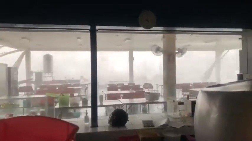 热季会产对流天气,下午的时候孔敬府的生热带风暴。