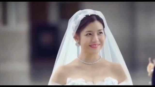 还记得陈晓和陈妍希婚礼的样子吗?那甜甜蜜蜜的场景