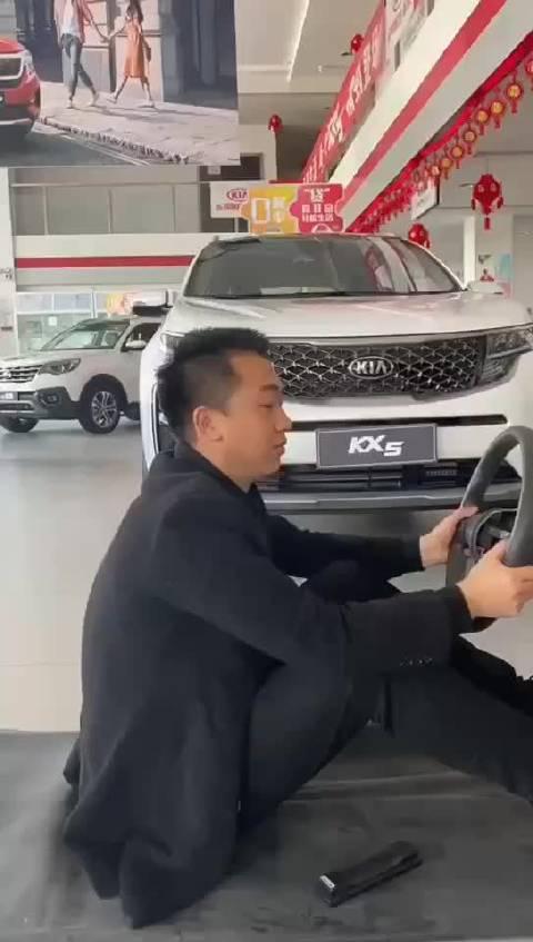 视频:网友制作:带大家感受悦达起亚全新一代KX5百米加速⏩⏩⏩