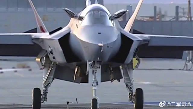 F-35前身验证机,第一次垂直起降镜头,发动机真是黑科技