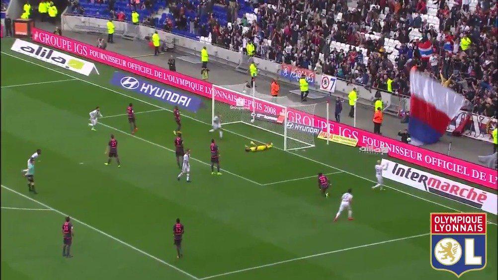 2017年3月12日里昂主场迎战图卢兹,漂亮进球数不胜数