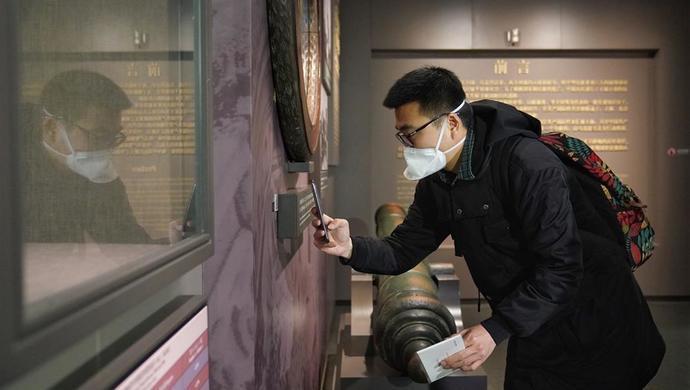 一大会址恢复开放第一天,一位甘肃老师要把党史知识带给藏族孩子图片