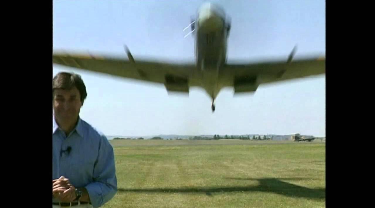 视频为《60th Anniversary of the Spitfire》纪录片拍摄现场