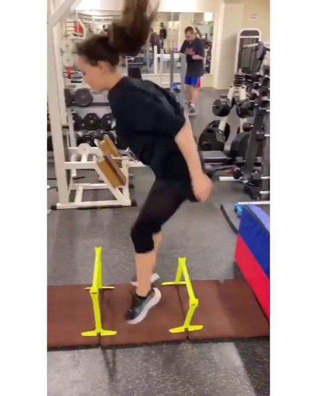 冬奥会花滑女单冠军扎吉托娃训练