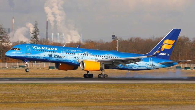 彩绘757+女飞机组 跟着冰岛航空飞往西雅图