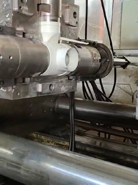P20排水管三通