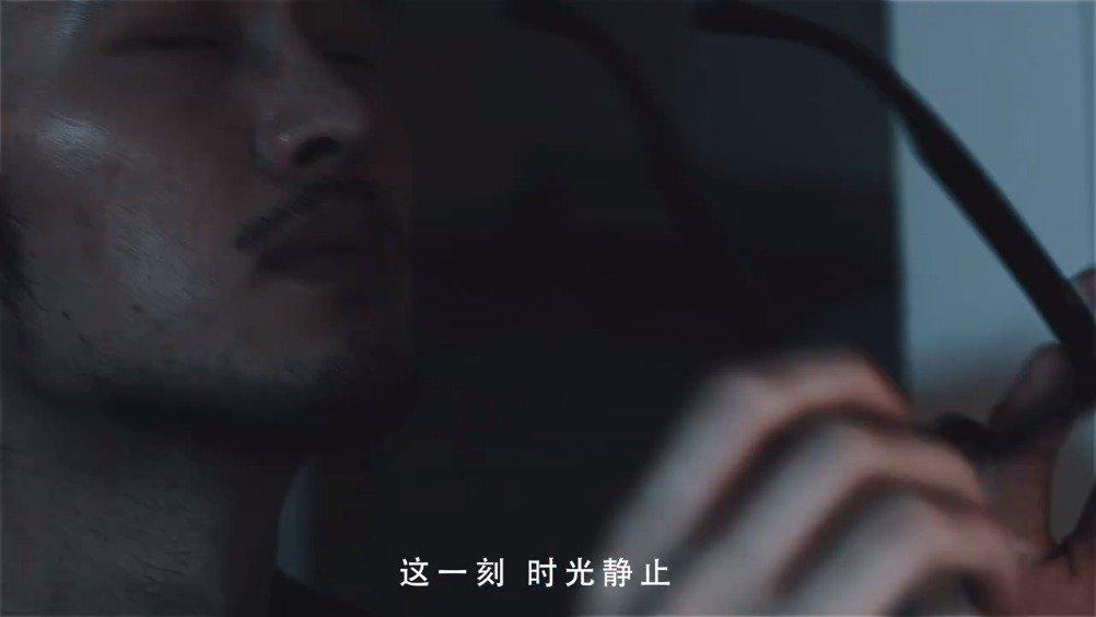 """七匹狼特别推出的""""逆行斗士""""公益系列战衣"""