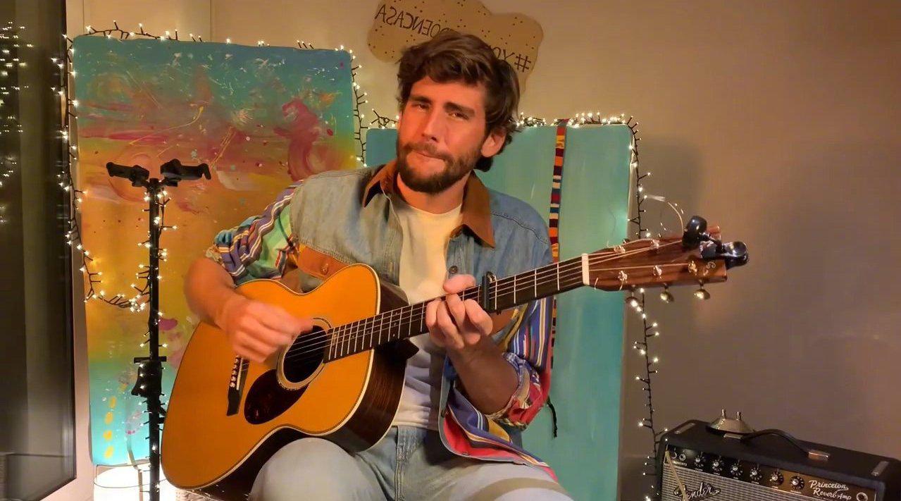 西班牙民谣歌手Alvaro Soler家中直播演唱会全场出炉!不仅人帅